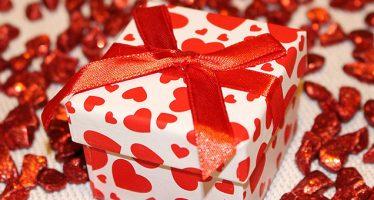 Ce cadouri pregatiti pentru Ziua Indragostitilor?