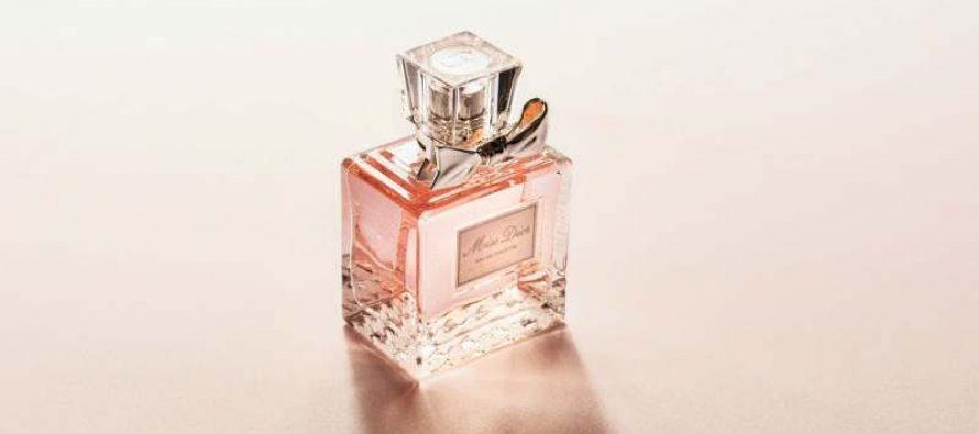 Exista reduceri semnificative la parfumurile originale pentru femei
