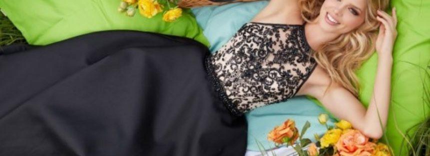 Cum sa o porti cu stil o rochie de seara