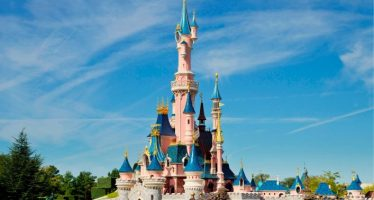 De ce sa mergi la Disneyland Paris cand esti adult