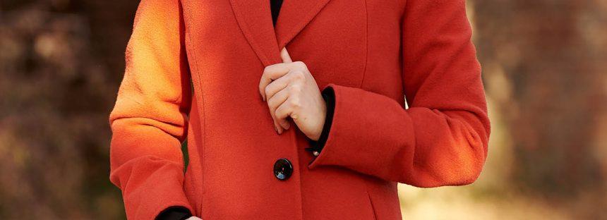 Piese vestimentare in tendinte pentru a adopta nuanta de caramiziu