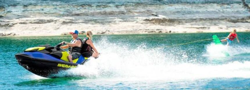 Sea-Doo Wake, skijetul cu care poți practica sporturi nautice